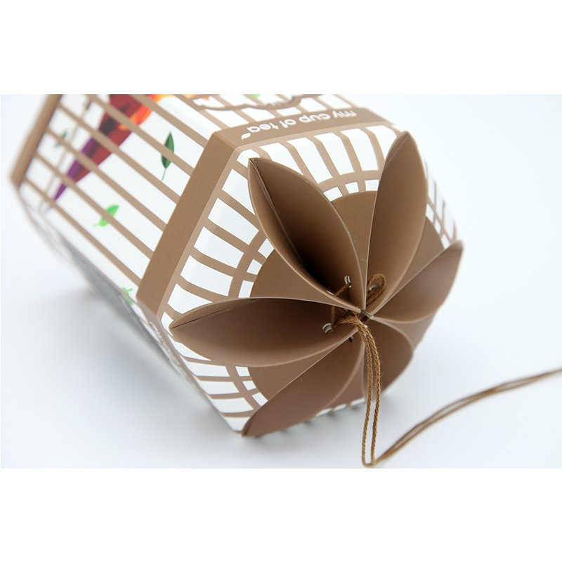 printed paper box in birdcage shape