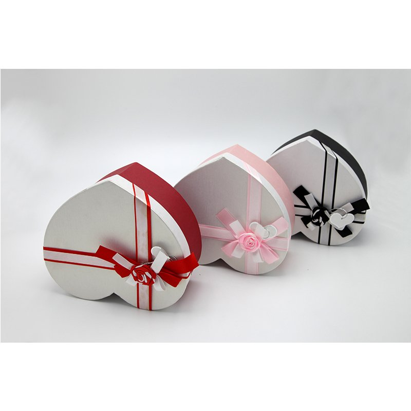 heart shape printed paper box