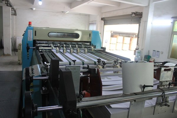 paper mounting machine for printed paper boxes